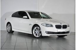 BMW 530dA xDrive, HUD, Stop & Go tempomat, Sportovní sedadla